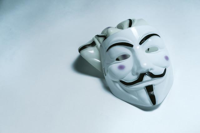 アノニマス ハッカー ハッキング クラッキング 匿名.jpg