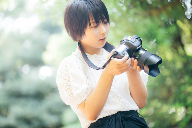 カメラ 写真 女.jpg