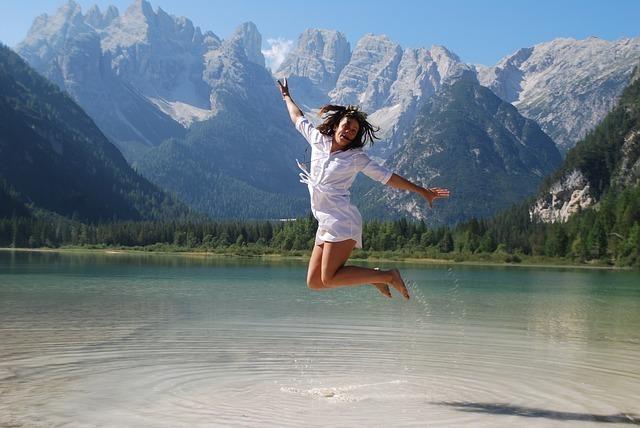 girl-jumping-for-joy-3849870_640.jpg