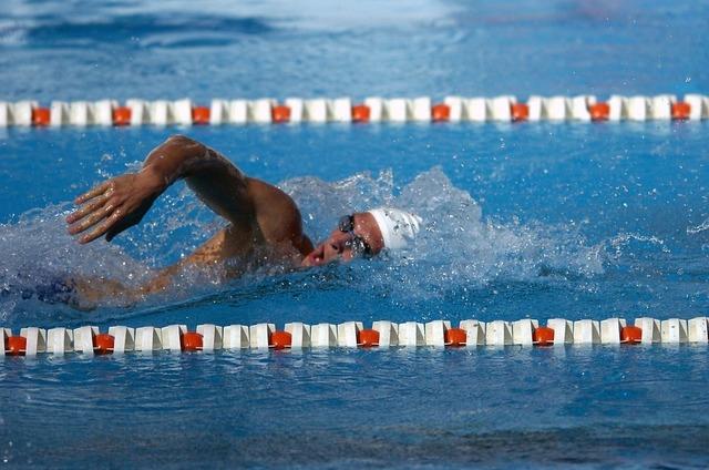swimmer-563860_960_720.jpg