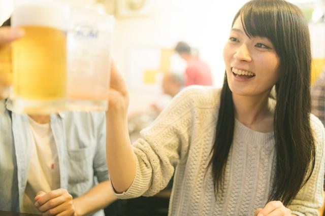 ビール 乾杯 飲み会.jpg